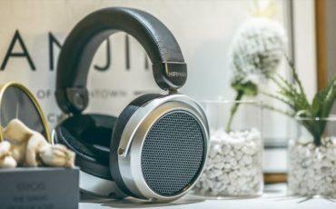 HE400se Open Back Planar Headphone min