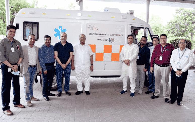 Covid 19 LG Electronics contributes Ambulances to Kailash Hospital