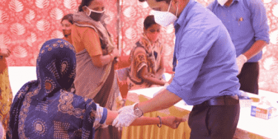 Lifeline Laboratory conducted Series of Blood Test Camp at Delhi